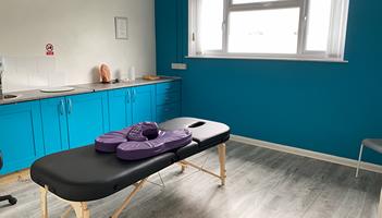 Wren Holistics - Sports Massage & Aromatherapy Clinic